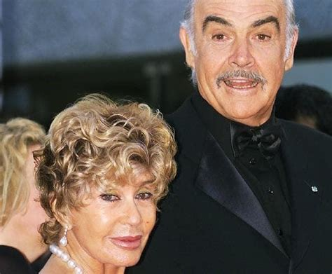 Sean Connery Biography - Affair, Married, Wife, Ethnicity