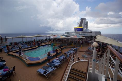 Empress of the Seas Live Blog Day 3 - Sea Day   Royal